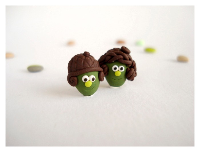 Acorn people post earrings