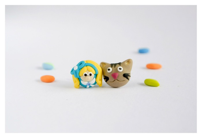 Alice in Wonderland and the cat Cheshire, earrings in polymer clay
