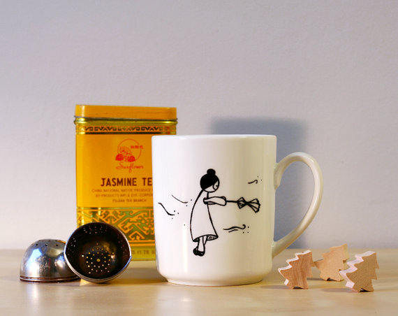 Annabelle in the storm, a cute mug illustrated by Julie Lebailly Image Credits by Julie Lebaillly