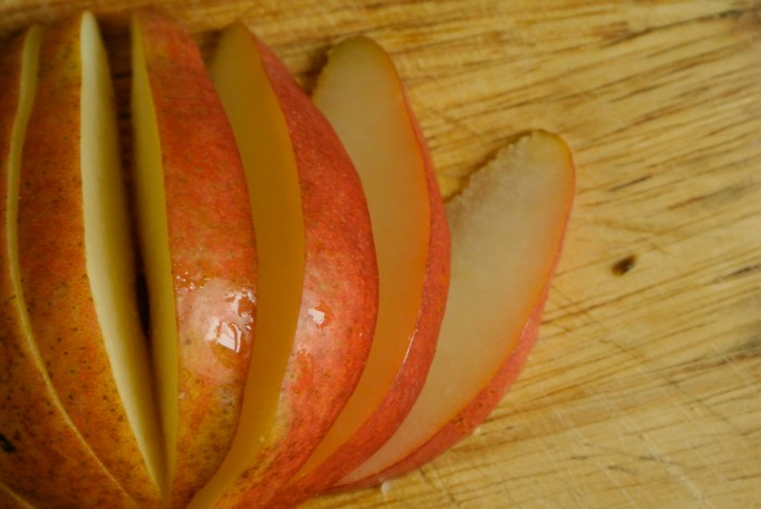 Sliced pears for apple cake