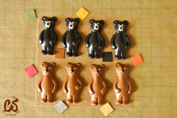 Making black bears and grizzlies