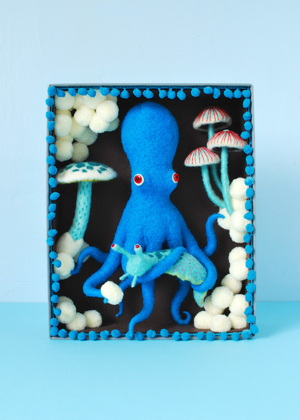 Blue Octopus Box by Hiné Mizushima Photo Credits by Hiné Mizushima