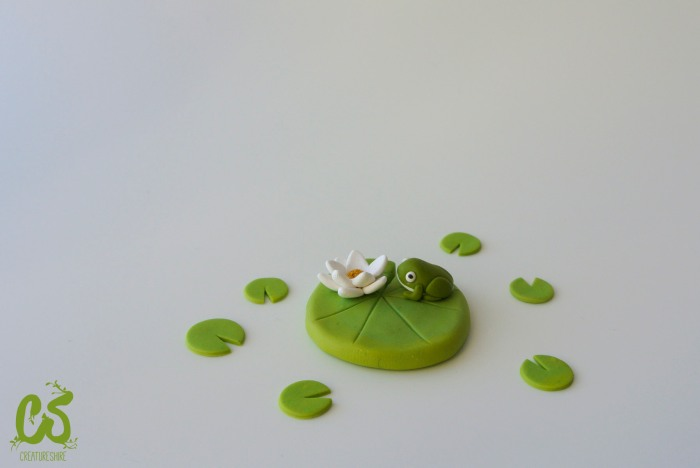 Spring collection - A frog in a water lily brooch