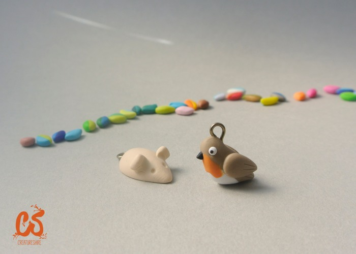 The finished beads, with the robin and the mouse