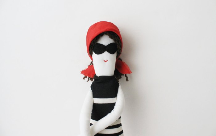 Sicrana Summer Doll by Fulana, Beltrana e Sicrana Image Credits by Fulana, Beltrana e Sicrana